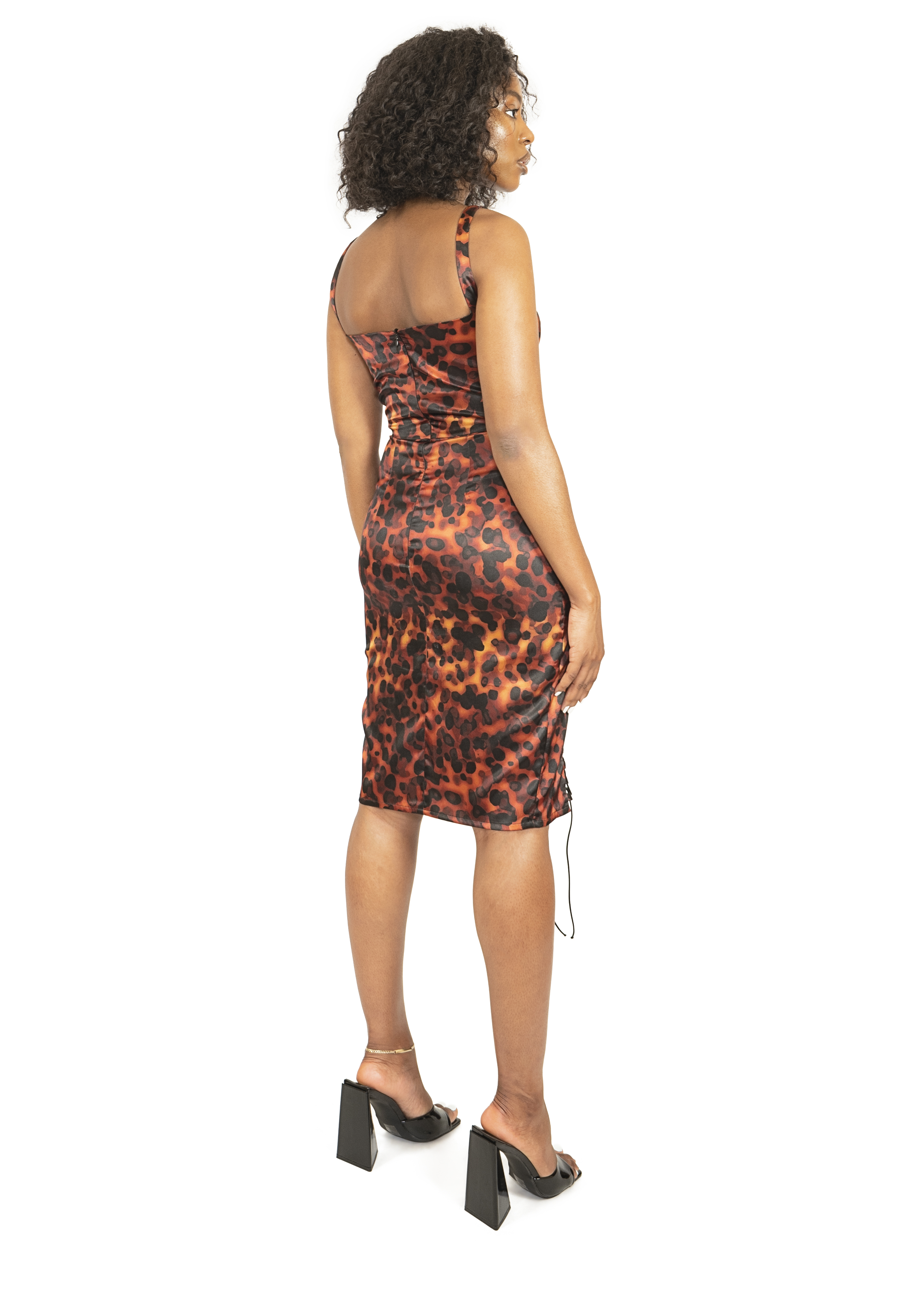 Dress_cloths_garments_product_photos_with_model_06