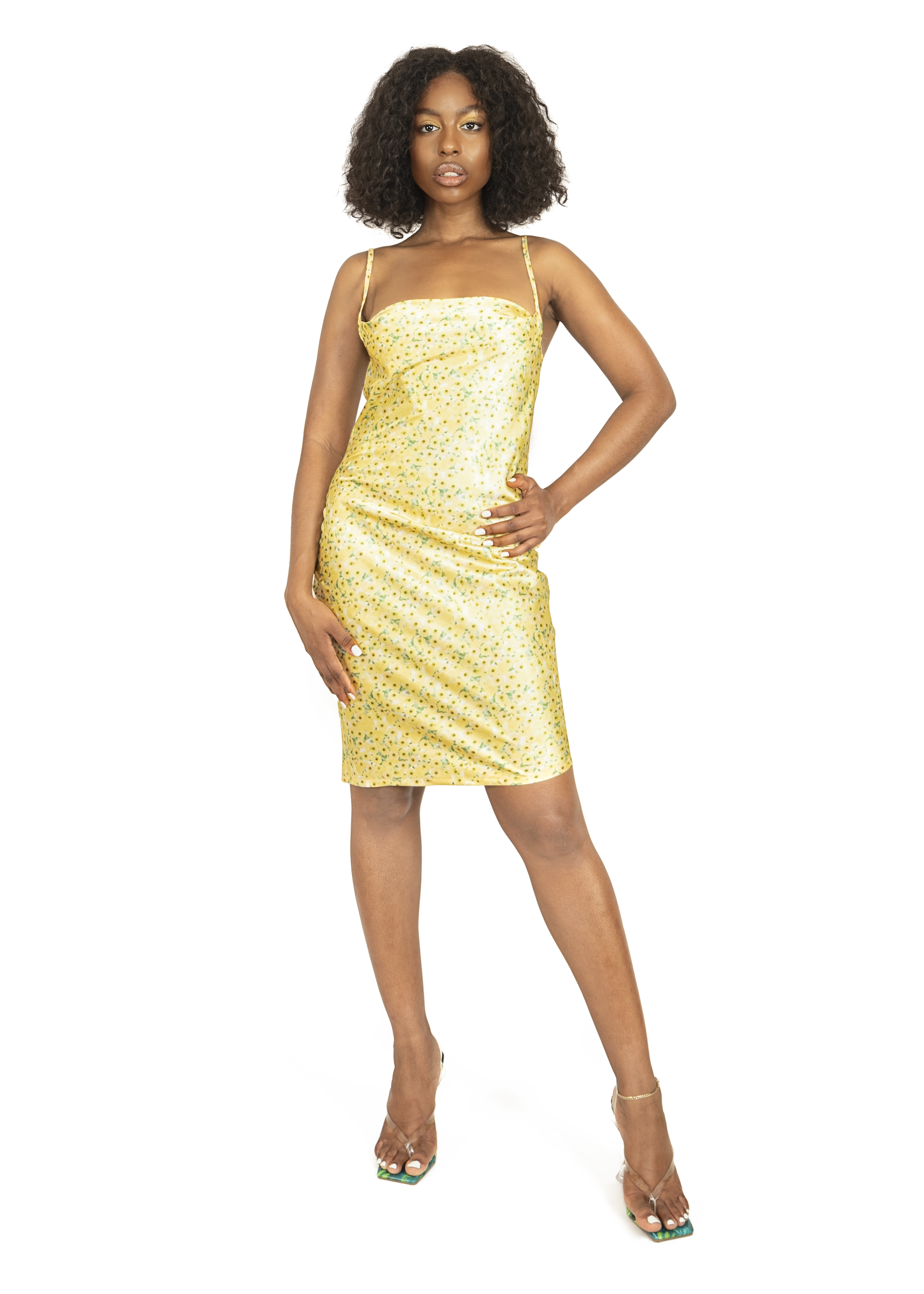 Dress_cloths_garments_product_photos_with_model_07