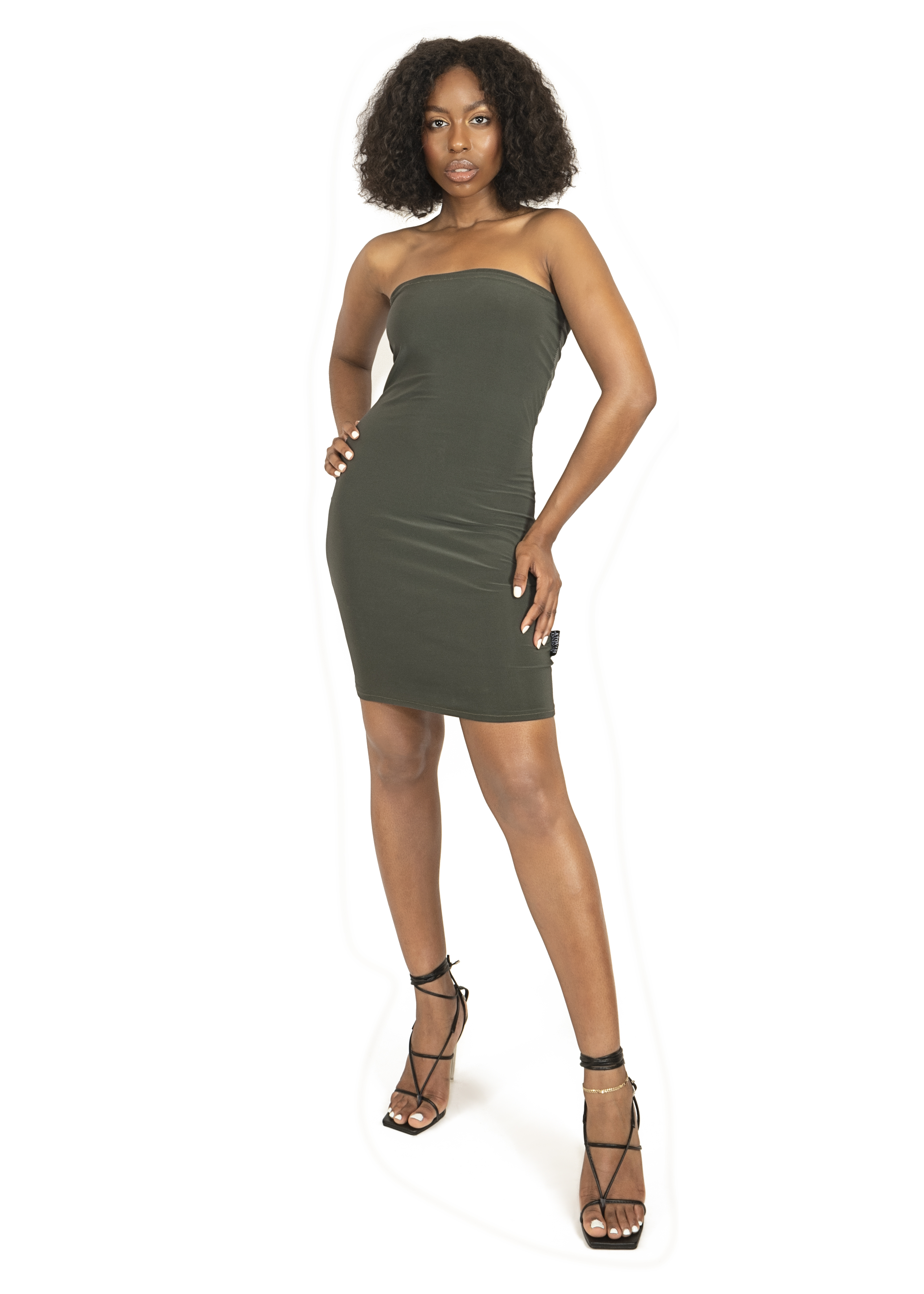 Dress_cloths_garments_product_photos_with_model_16