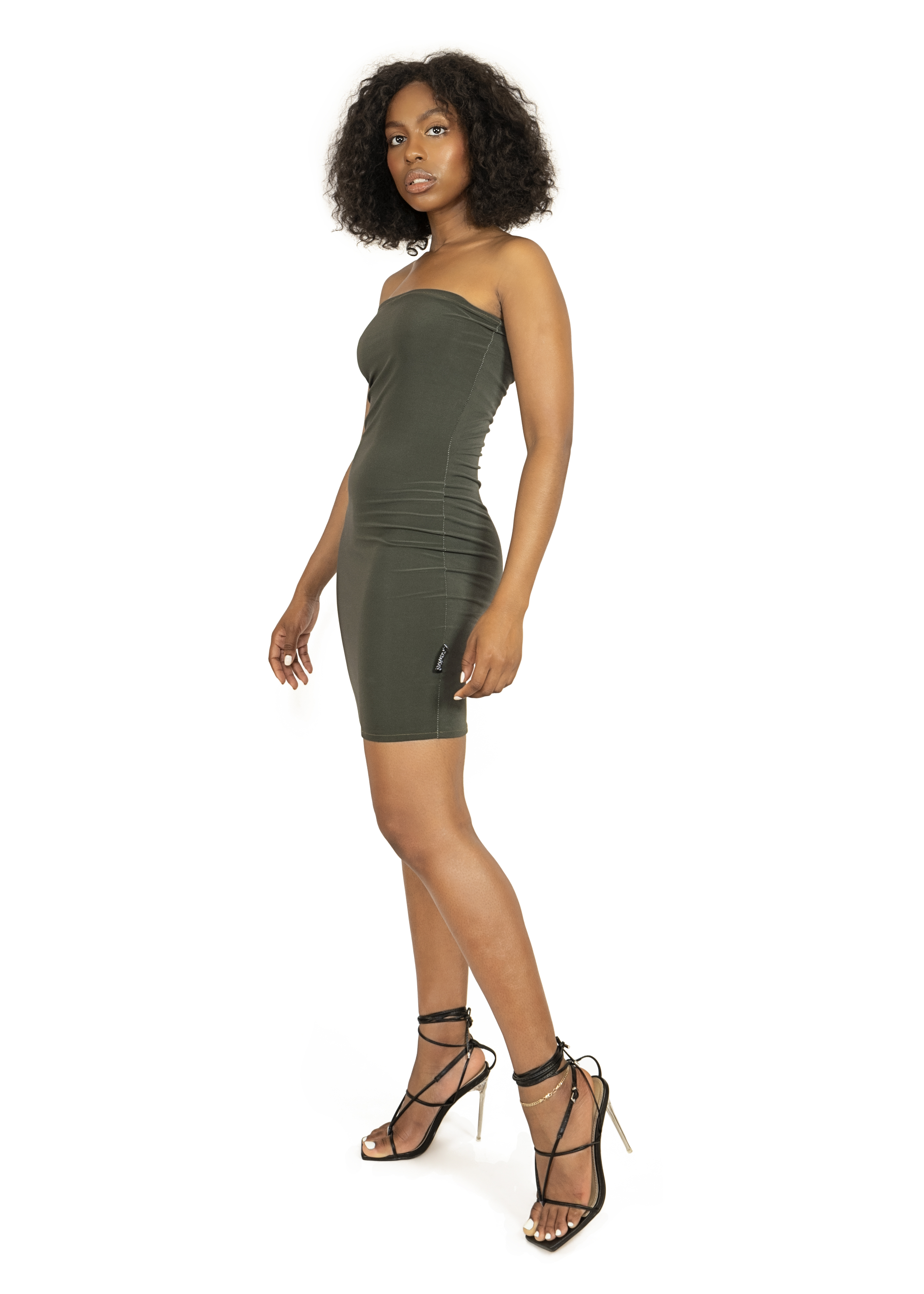 Dress_cloths_garments_product_photos_with_model_17