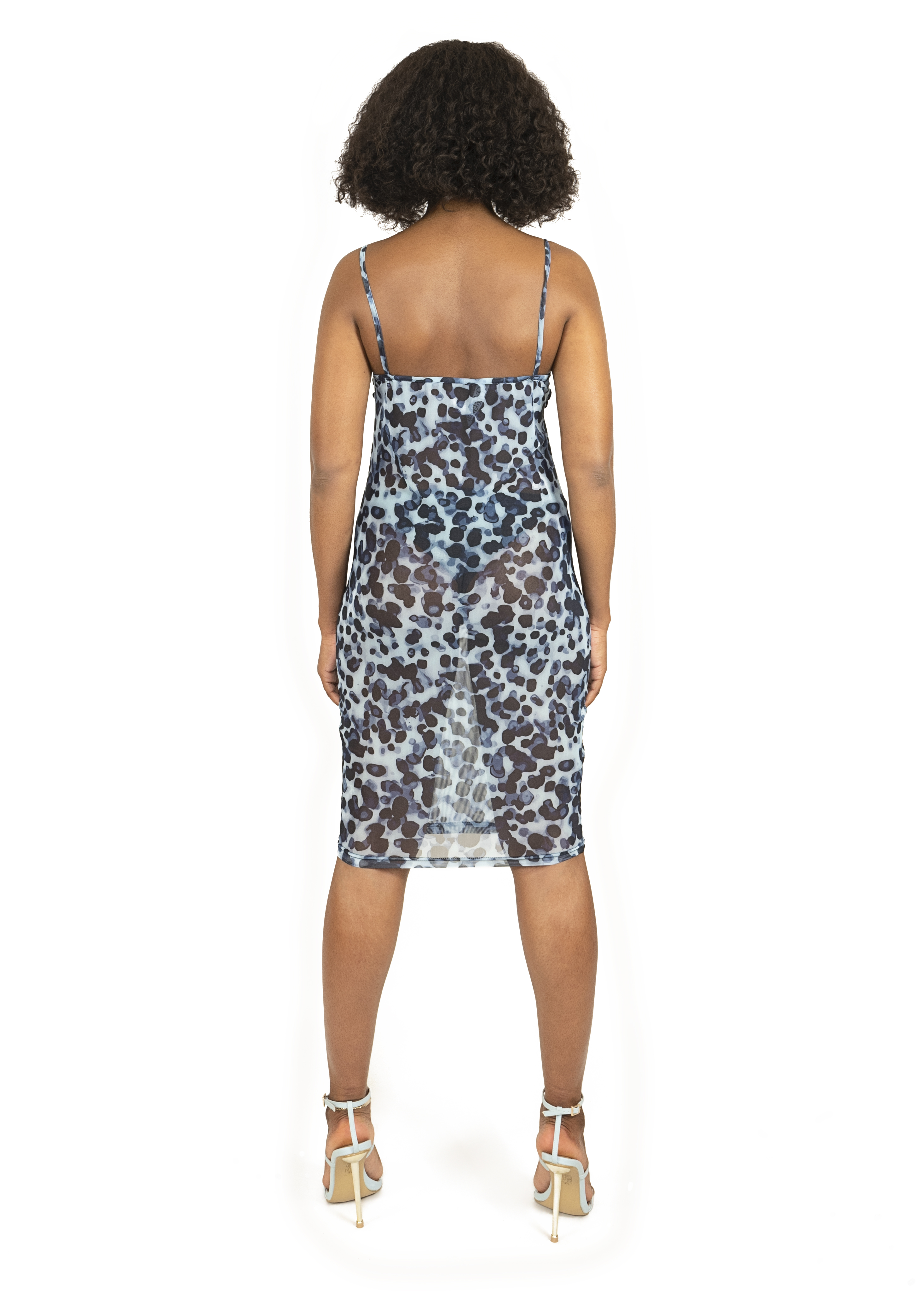 Dress_cloths_garments_product_photos_with_model_21